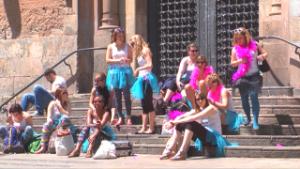 Vídeo gratis: Chicas de fiesta en Barcelona cualquier weekend.